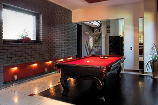 professional pool table refelting in Brunswick content img2